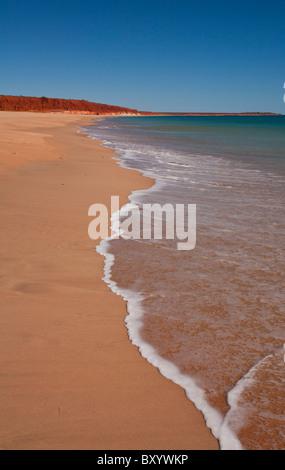 Terre, Mer et Ciel à James Price Point près de Broome, Kimberley, Australie occidentale Banque D'Images