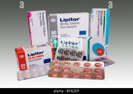 Une collection de différents médicaments statines utilisées au Royaume-Uni Banque D'Images