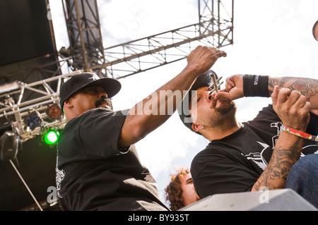 Cypress Hill est toujours fumeurs articulations sur scène.