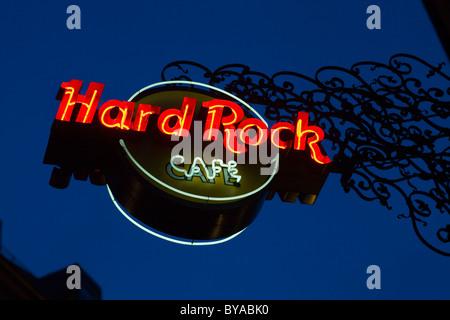 Signe de l'Hard Rock Café sur place Platzl, Altstadt-Lehel district, Munich, Bavaria, Germany, Europe Banque D'Images