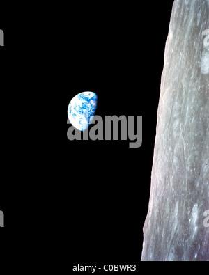 Terre vue de la Lune Banque D'Images