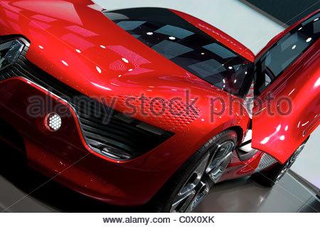 Genève, Suisse, 1ER MARS 2011: Salon de l'Automobile de Genève était âgé Internatioal, 2011 Geneva Palexpo, Suisse Banque D'Images