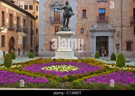 Statue de Don Alvaro de Bazan à Plaza de la Villa de Madrid Espagne Europe centrale carré Banque D'Images