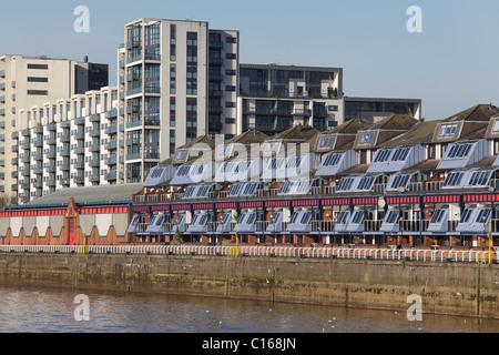 Appartements sur Lancefield Quay à côté de la rivière Clyde dans le domaine Finnieston, Glasgow, Écosse, Royaume Banque D'Images