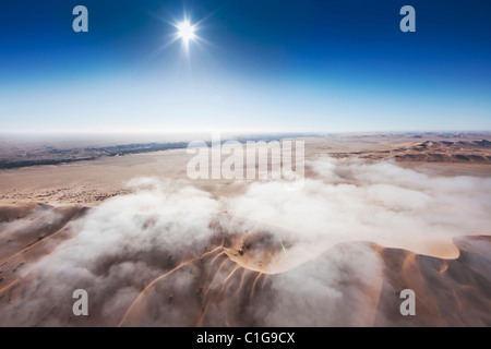 Vue aérienne de dunes de sable du désert de Namibie Banque D'Images