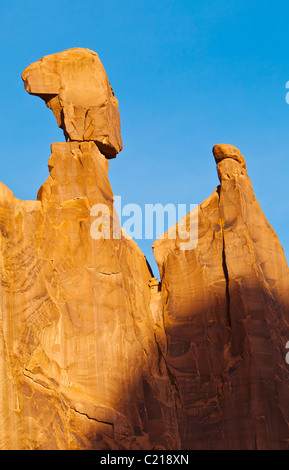 La reine Néfertiti rock, près de la promenade de Broadway dans Arches National Park, Utah, USA. Banque D'Images