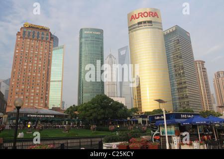 Cityscape view de l'Orient Bund. Pudong, Shanghai, Chine. Banque D'Images