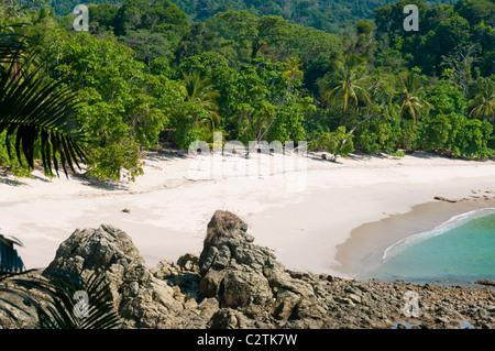 Une plage immaculée à Manuel Antonio National Park, province de Puntarenas, Costa Rica Banque D'Images