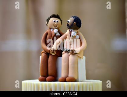 Gâteau de mariage gay, partenariat civil Banque D'Images