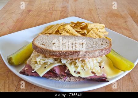 Un sandwich Reuben Banque D'Images