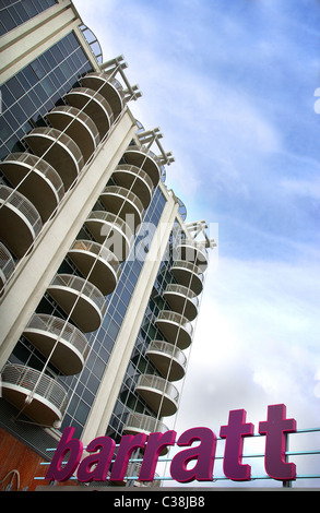 Un développement d'électrons, Barratt Homes Newport Avenue, Londres. Banque D'Images