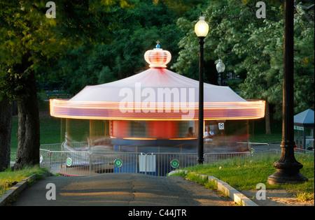 Carousel sur Boston Common Banque D'Images