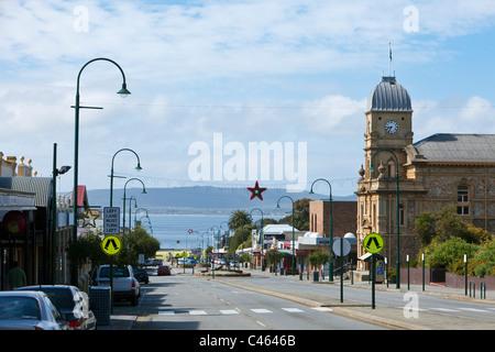 Voir l'Hôtel de Ville et la rue York. Albany, Australie occidentale, Australie Banque D'Images