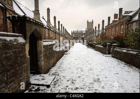 Près des vicaires dans Wells, Somerset, après une tempête de neige.
