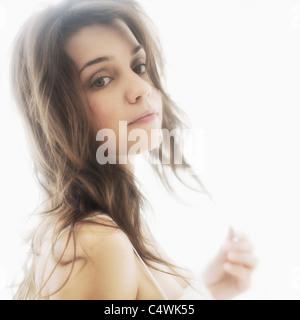 Portrait de jeune femme séduisante Banque D'Images