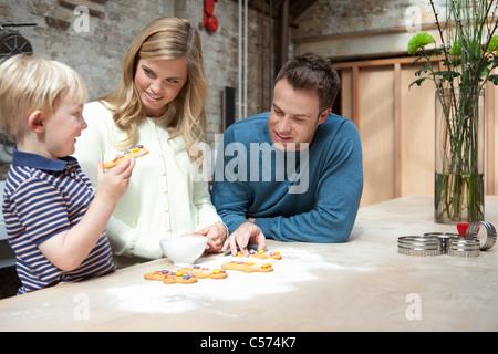 Des cookies dans la cuisine familiale Banque D'Images