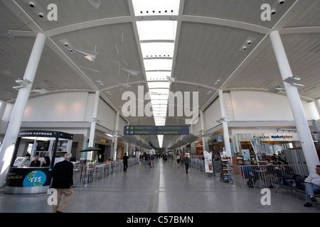 Les zones d'embarquement du terminal 1 de l'aéroport international Pearson de Toronto Ontario Canada Banque D'Images