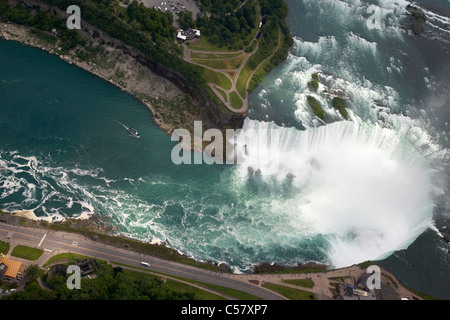 Vue aérienne des chutes Horseshoe de vol en hélicoptère au-dessus des chutes du Niagara ontario canada Banque D'Images