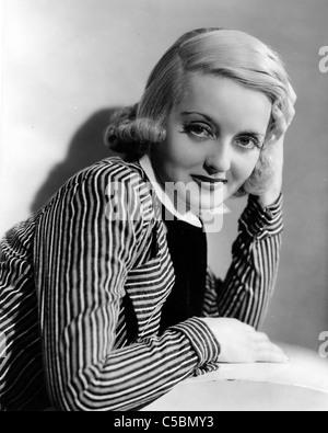 BETTE DAVIS (1908-1989) Actrice américaine en 1934 Banque D'Images