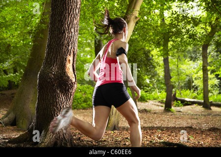 Woman in forest Banque D'Images