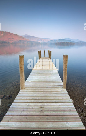 Jetée de Derwentwater, Lake District. Banque D'Images