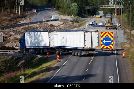 Travaux sur une route détournée vers la route temporaire , Finlande
