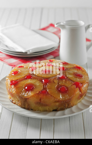 Pineapple upside down cake Banque D'Images
