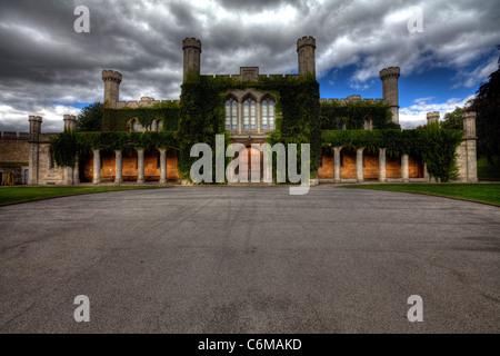 La ville de Lincoln, Lincolnshire l'intérieur du parc du château, le Tribunal de la couronne la façade de l'immeuble Banque D'Images
