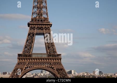 Section centrale de la Tour Eiffel, Paris, France Banque D'Images
