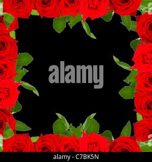Cadre fait de roses rouges sur fond noir Banque D'Images