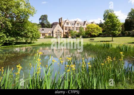 Maison dans la Stanway village de Cotswold, Stanway Gloucestershire Banque D'Images