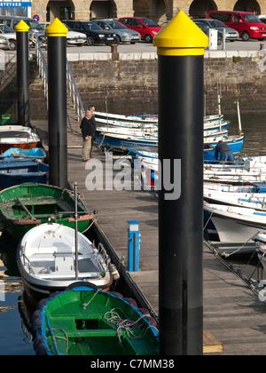 Port de pêche Getaria, Geataria, province de Guipuzcoa, Pays Basque, Pays Basque, Espagne Banque D'Images