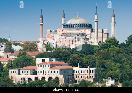Sainte-sophie vu depuis le Bosphore, Istanbul, Turquie. Banque D'Images