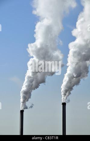 La pollution de l'air Paris France cheminée Banque D'Images