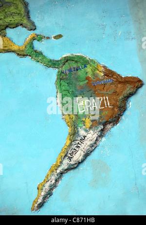 Sculptures de l'Amérique du Sud sur le mur. Banque D'Images