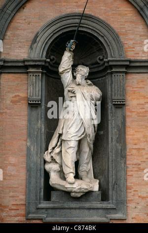 Naples, Italie. Palais Royal. Statue de Victor Emmanuel II (1820 - 1878) Vittorio Emanuele II. Banque D'Images