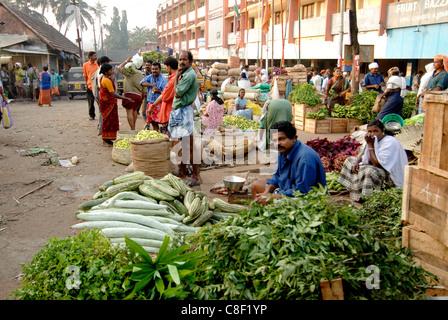Marché aux légumes, Chalai, Trivandrum, Kerala, Inde Banque D'Images