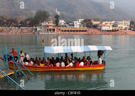 Bateau Gange, Rishikesh, Uttarakhand, Inde Banque D'Images