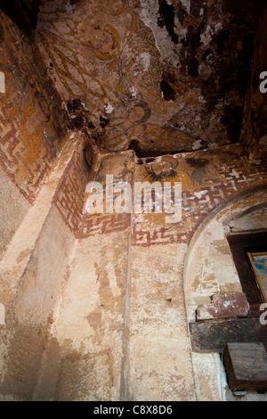 Plafond peint à l'semimonolithic rock-taillées dans l'église de Wukro Chirkos près de Mekele, du Tigré, dans le Banque D'Images