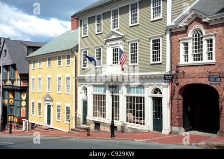 Comme l'une des premières villes du pays Providence contient de nombreux bâtiments historiques du côté est du quartier Banque D'Images
