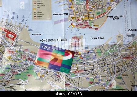 Carte Touristique de hong kong avec Octopus Travel Card Banque D'Images