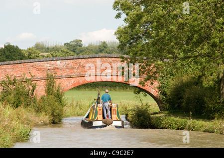 Un travail traditionnel sur le canal d'Oxford 15-04 Banque D'Images