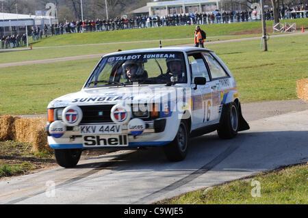 25 févr. 2012 - Stoneleigh Park, Coventry, Royaume-Uni. La conduite d'un 1981 Ian Gwynne Talbot Sunbeam Lotus vit Banque D'Images