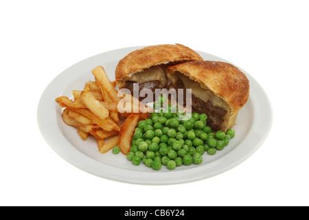 Puces de pâtés à la viande et les pois sur une plaque isolés contre white Banque D'Images