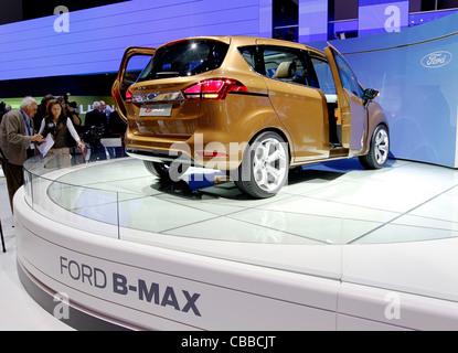 Ford B-Max, première mondiale, sur le salon de Genève 2011 à Genève, Suisse, le mardi 1er mars 2011. (CTK Photo/Rene Banque D'Images