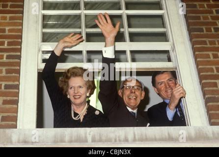 Mme Maggie Margaret Thatcher, Denis Thatcher, Cecil à Parkinson Bureau Central Conservateur 32 Smith Square (CCO) Banque D'Images