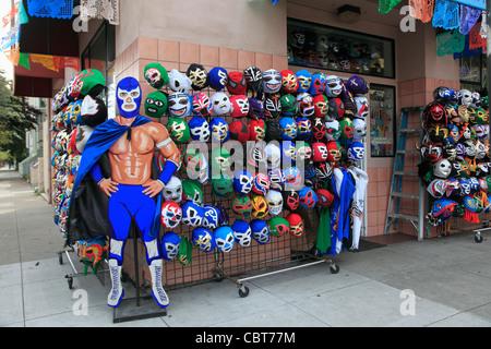 Les masques de Lucha Libre, porté par les lutteurs professionnels au Mexique pour la vente, Mission, Mission District, Banque D'Images