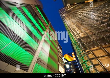 Japon, Tokyo, Ginza, Maison Hermes Store et Sony Building Banque D'Images
