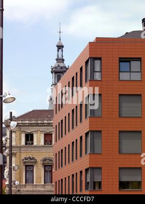 Plaza del gas, Aguilar y varona arquitectos asociados slp,hôtel de ville de Bilbao Banque D'Images