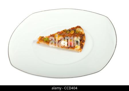 Morceau de la pizza, , photo sur le fond blanc Banque D'Images